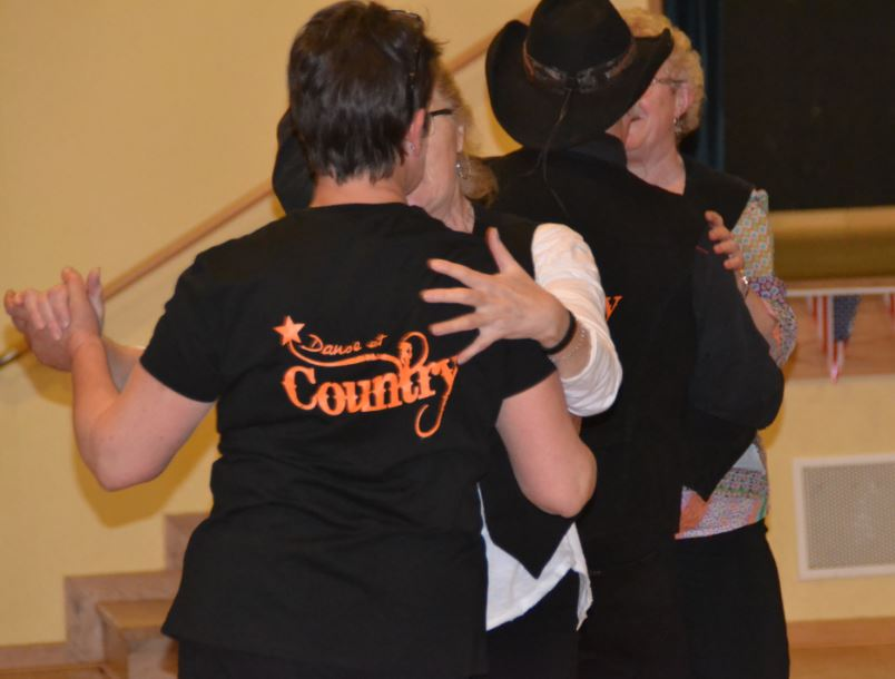 Danse et country danses partner